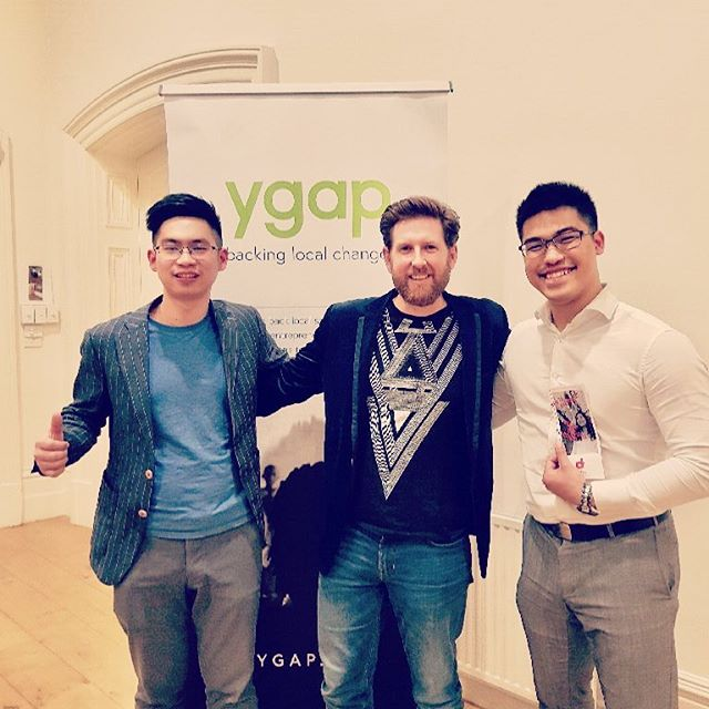 iDibs startup team pitch at ygap final